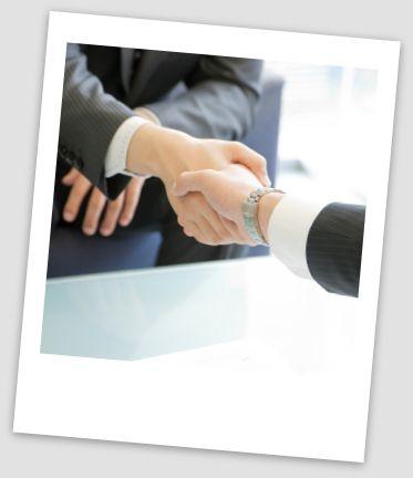Olet tulosvastuullinen ja kokenut myynnin ammattilainen, joka tietää, miten ylläpidetään asiakassuhteita ja miten hankitaan uusia asiakkaita. Aluemyyntipäällikön työssä menestyminen edellyttää sosiaalista ja ennakkoluulotonta luonnetta ja itsenäistä työotetta. Vaatimuksena on myös hyvä suomen ja englannin kielen taito.