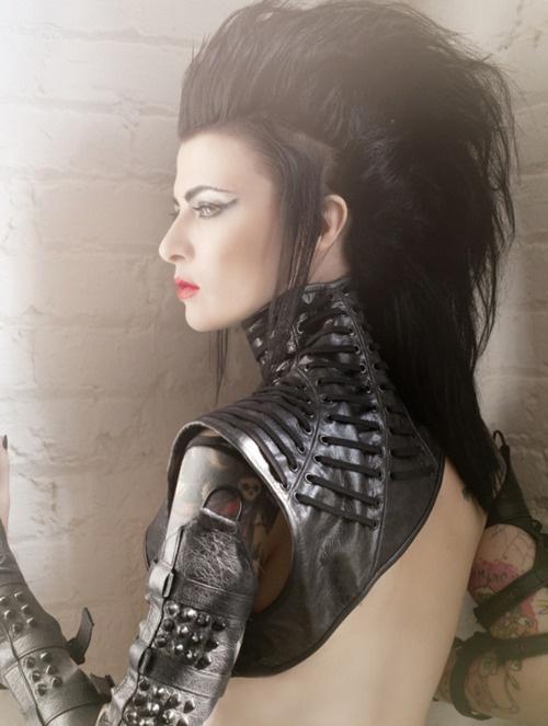 Fierce goth chick. A suitable Arachnia? No, not fierce enough.