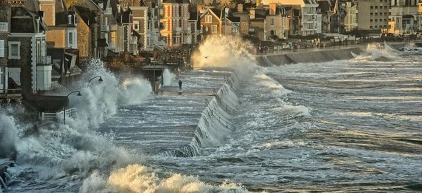 Waves In Saint Malo Brittany France Photorator Brittany France