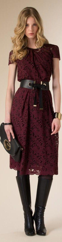 Luisa Spagnoli 2015/16 #vestido #renda #manga #cinto #vermelho #bolsa #bota