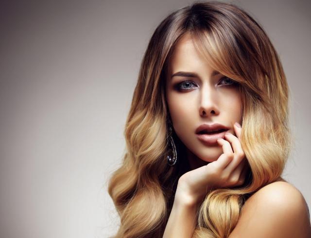 Zdrowe i zadbane włosy ozdobią Cię lepiej niż najdroższa biżuteria, czyli jak należy dbać o włosy #zdrowe #włosy #fryzura #kobieta