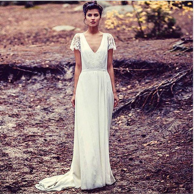 ビーチ2016ホワイトロングスリーブウェディングドレススタイルvネックレースの花嫁衣装背中の開いたサイドスリットセクシーvestidoデnoiva