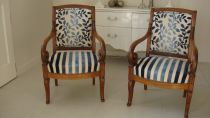 Paire fauteuils a crosse restauration en noyer leboncoin 700euros