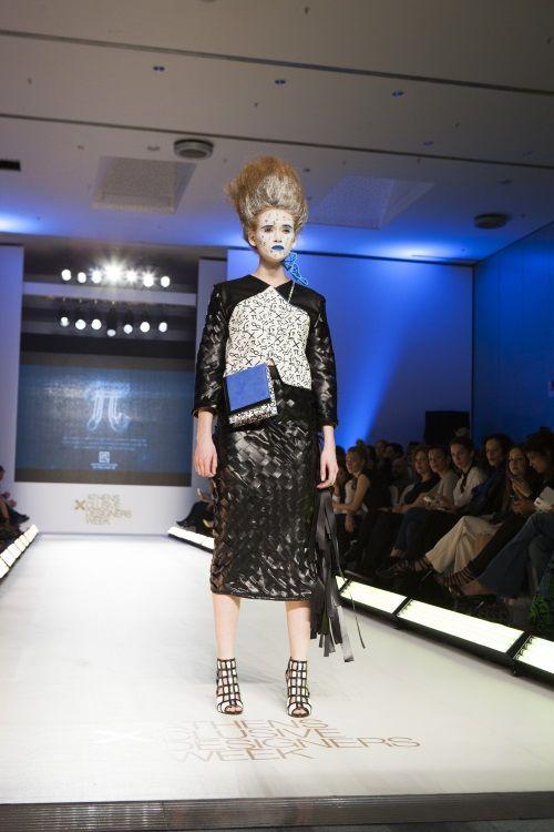 axdw, 17thaxdw, fashion show, fashion week, athens, fashion, black and white, models, runway, catwalk, mitrovgenis, konstantinos mitrovgenis, designer