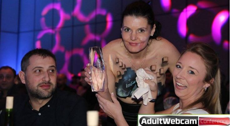 Top Cam Models & Sites Recognized at AWA Show (Recap) #CamModels