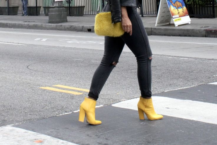 The Yellow Boots | CAXSHE | Bloglovin'