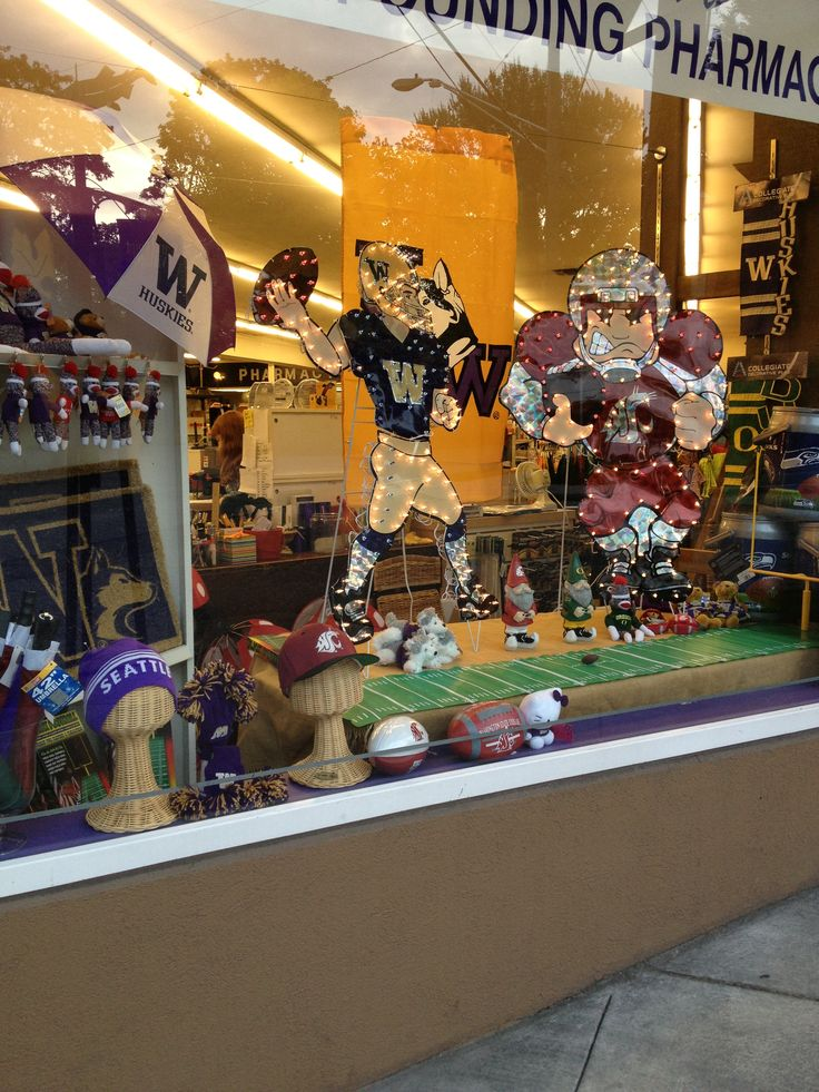 17 best images about pharmacy window display on pinterest for Store window decorations