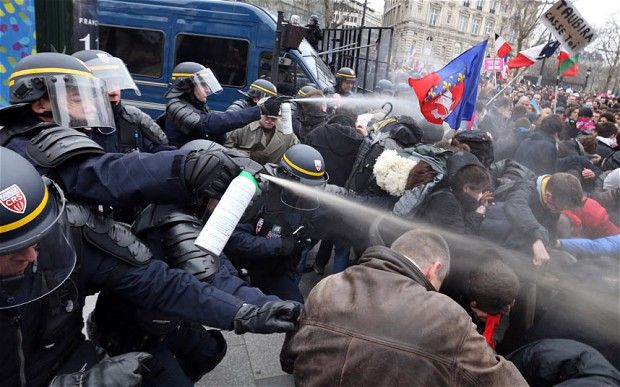 Riots Around The World | Police in Paris used tear gas to disperse hundreds of thousands of ...