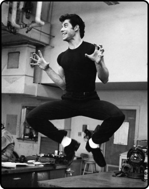 Young John Travolta in Grease.. HAHAHAHAHAHAHAHAHAHA!!!! THAT POSE!!!!!!!!!