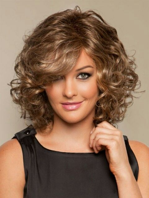 Shoulder length curly syle with bangs