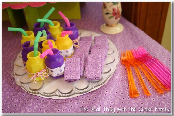 Doll Accessories - make napkins for your American Girl Doll
