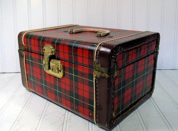 Retro Plaid Wood Train Case - Vintage Travel Carry On - Classic Tote - BoHo Handbag