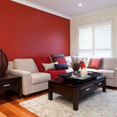 Rojo en salón clásico