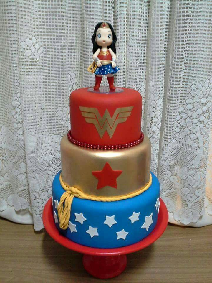 Wonder Woman Cake So Cool Cool Cakes Pinterest