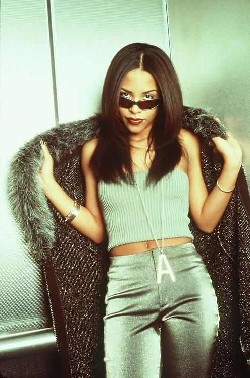 aaliyah, style, fashion, 90s, TLC, some girls * pants would work. Top could be altered. Maybe make separate sleeves