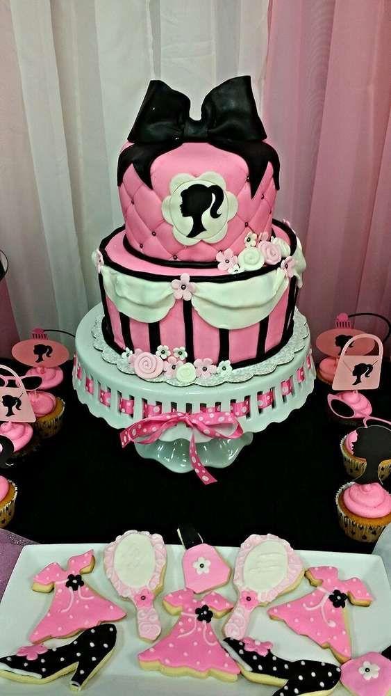 Festa aniversário Barbie - Bolo e Biscoitos Confeitados