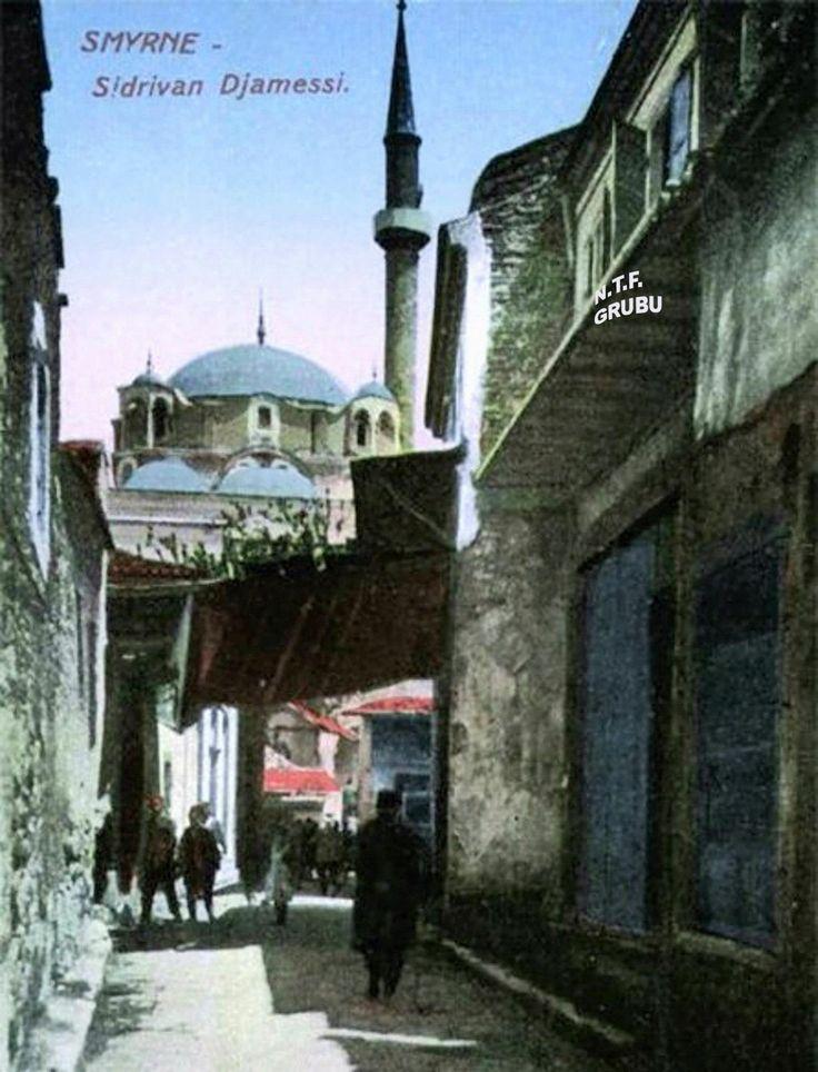 Şadırvan Camisi ,Kemeraltı