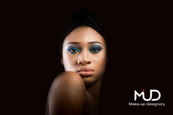 Mud makeup and the quality of professional lines Www.sweetcherryspa.com