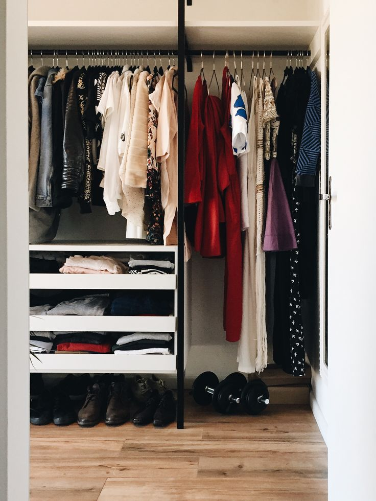 Las 25 mejores ideas sobre vestidores baratos en pinterest for Armarios pequenos baratos