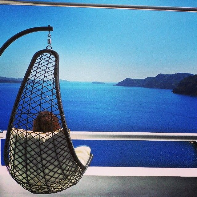 #Sit back and #relax! #Santorini #ArtMaisons #Greece Photo credits: @asim_almar
