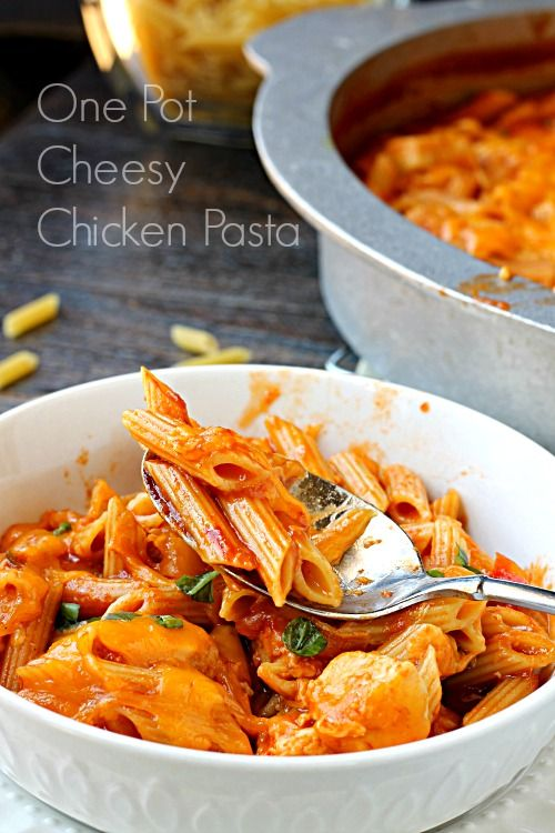 One Pot Cheese Chicken Pasta Manwich 30 Minute Meal