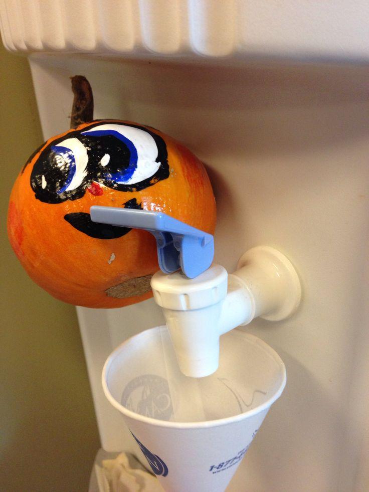 Fun office pumpkin pictures - break time