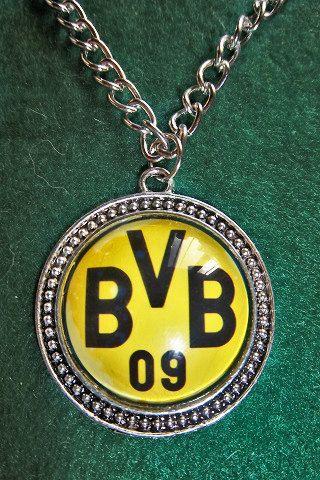 Borussia Dortmund soccer teams pendant  sport by sportpendants