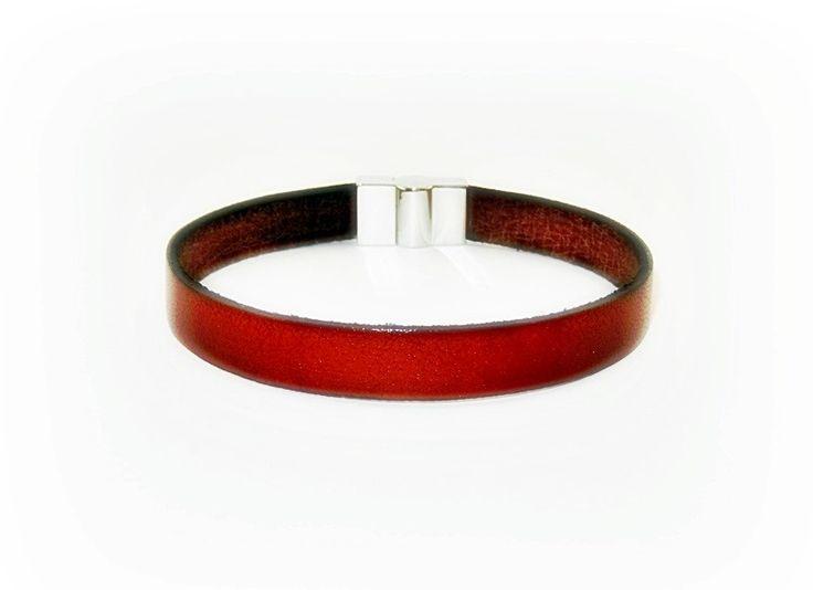 bracelet mixte en cuir v ritable marron avec fermoir. Black Bedroom Furniture Sets. Home Design Ideas