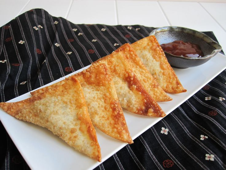 Easy and popular Japanese finger food: Ground Beef Wontons