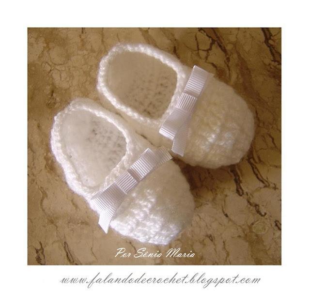 """""""FALANDO DE CROCHET"""": SAPATINHO DE CROCHE PARA BEBE LAÇO GORGURÃO: Hook, To Crochet, Knits Crochet, Crochet Shoes, Crochet Baby, The Bebe, Sapatinho De, Baby Shoes, Bebe Crochet"""