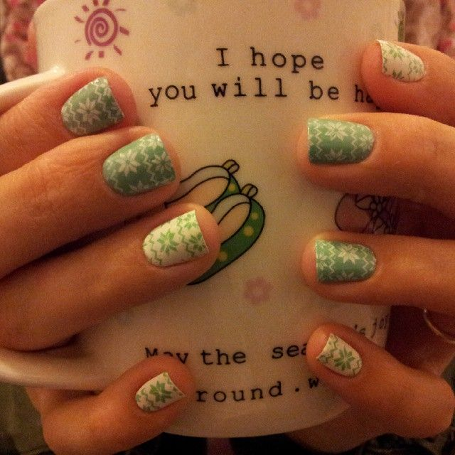 Moyou london stamping Nail Art Festive collection 06 Anny nail polish mint dolphin mundo de unas stamping nail polish