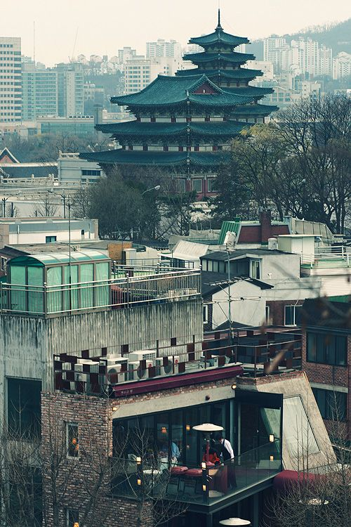 View of Seoul, South Korea. Untitled by lo_photo on Flickr.