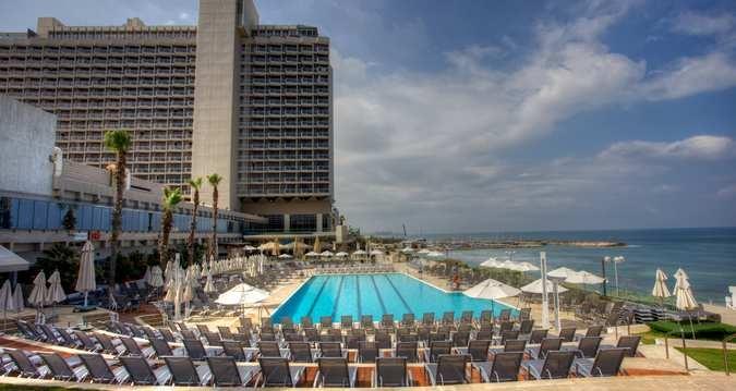 Hilton Tel Aviv hotel - Hotel and Pool