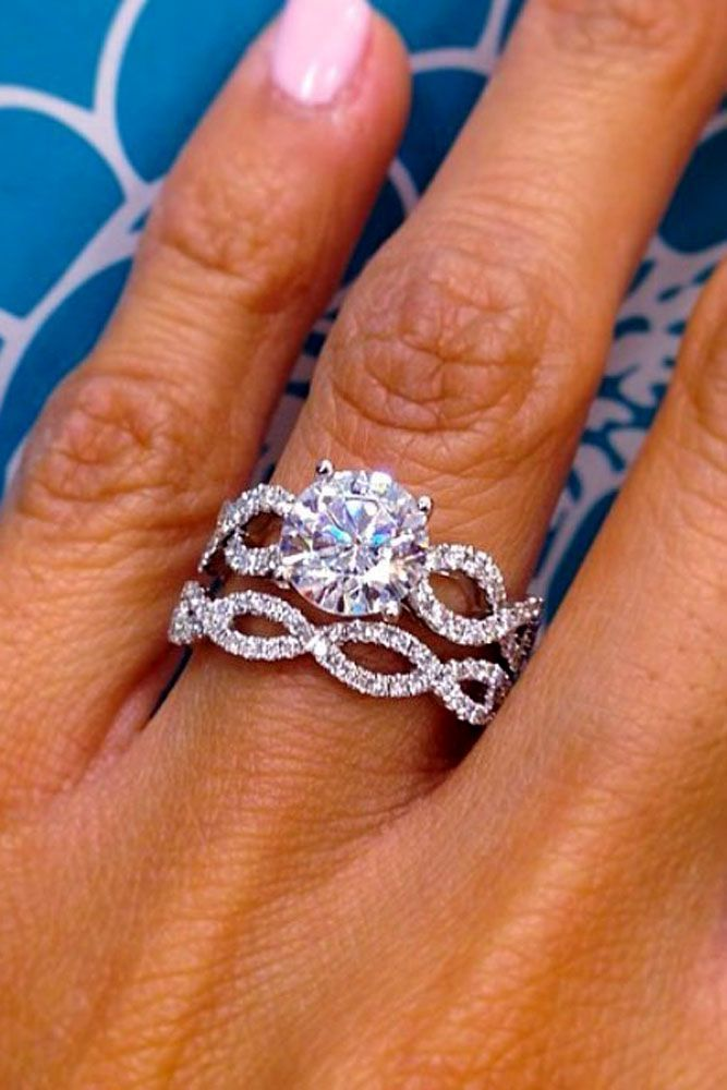 18 Excellent Wedding Ring Sets For Beautiful Women ❤️ wedding ring sets unique center diamond white gold ❤️ More on the blog: https://ohsoperfectproposal.com/wedding-ring-sets/