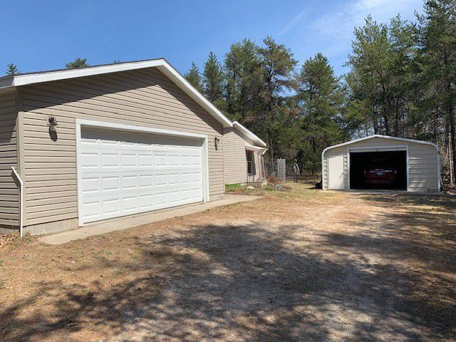 10014 Airport Rd Roscommon Mi 48653 Includes 2 Garages For Lots