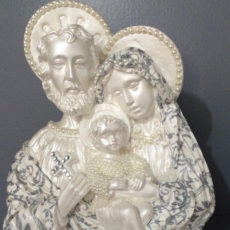 """""""Mais uma Sagrada Família! Cada uma mais linda que a outra! #sagradafamília #artesacra #santodetalhe"""""""