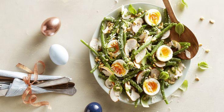 Boodschappen - Sperziebonensalade met pesto, gerookte kip en ei
