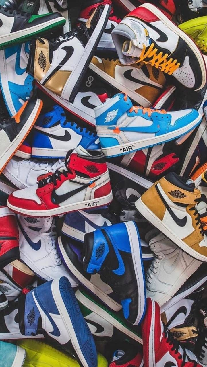 Air Jordan 1 Wallpapers Top Free Air Jordan 1 Backgrounds Wallpaperaccess In 2020 Sneakers Wallpaper Streetwear Wallpaper Jordan Shoes Wallpaper