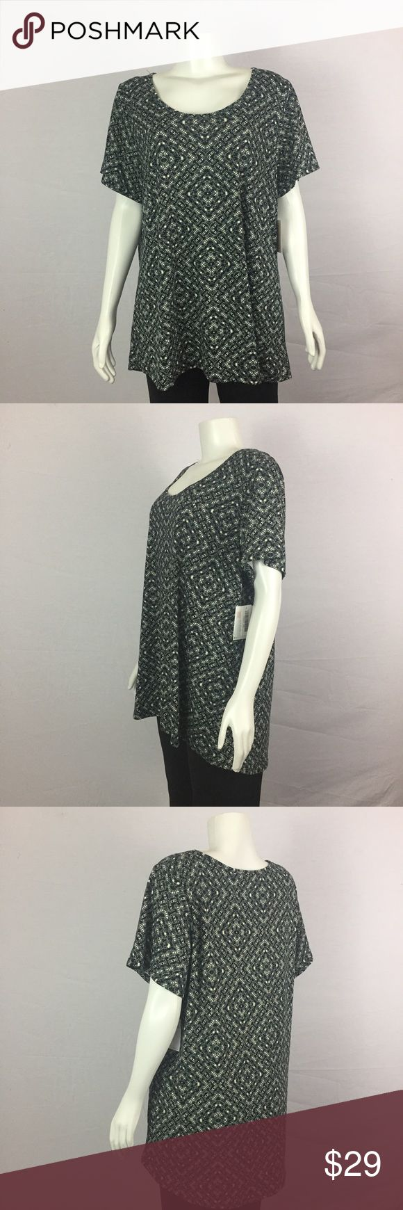 NEW LulaRoe Black White Short Sleeve Top 2x Plus ***All best reasonable offers accepted!***