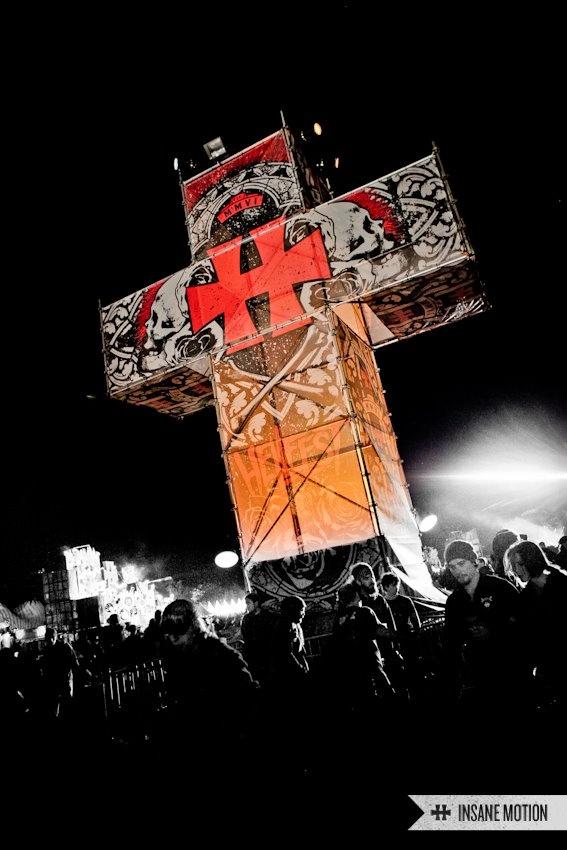 les déco du Hellfest 2012 c'est juste : wouuha !!!