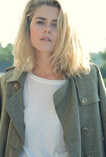 "Rachael Taylor  Born: July 11, 1984 in Launceston, Tasmania, Australia Height: 5' 7¾"" (1.72 m)"