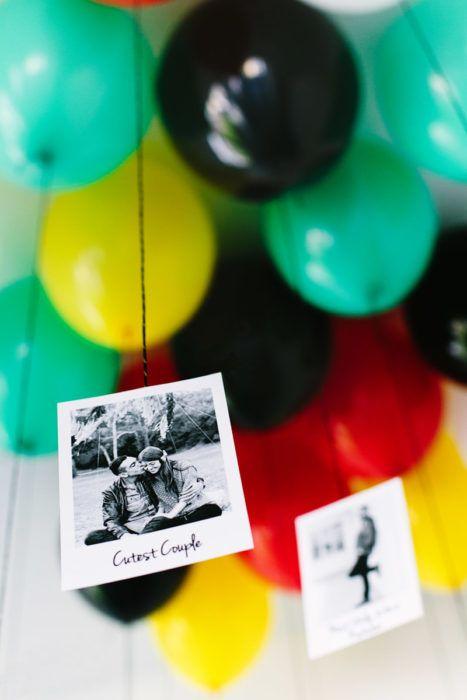 globos de colores con fotografias
