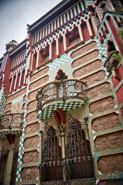 Do you like the modernista style found in Barcelona?