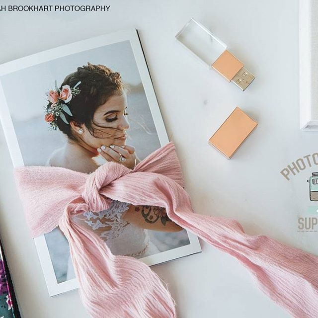 What type of photography do you enjoy shooting? Search our store for the products that will be compliment your work.  SHOP: Link in bio  📸: @sarah.brookhart .  .  .  #photographersupplyco #PSCo #photographypackaging #boutiquepackaging #PackagingForPhotographers #photographybranding #photopackaging #photography #filmphotography #weddingphotographer #portraitphotography #lifestylephotography #canon #nikon #fujifilm