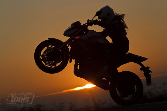 Ein Rad - eine Sonne #Motorrad #Motorcycle #Motorbike #louis #detlevlouis #louismotorrad #detlev #louis