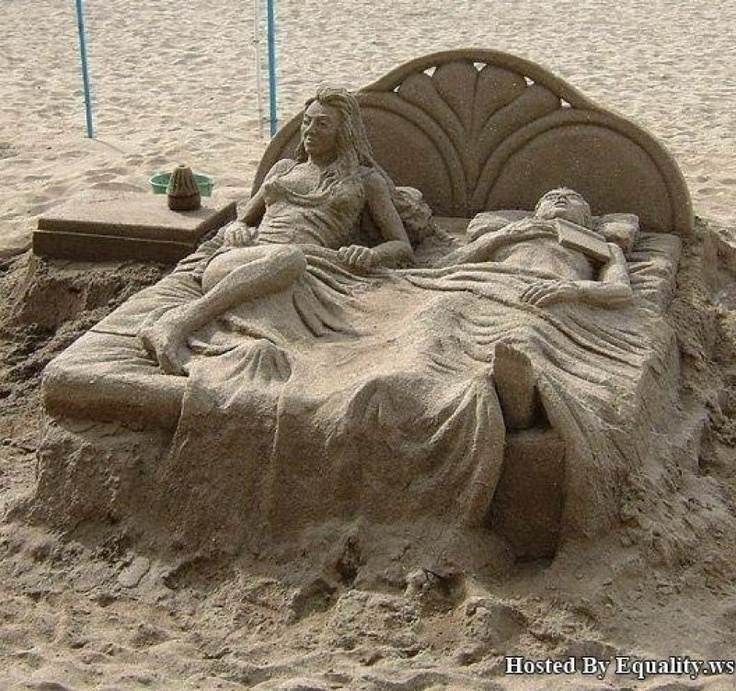 Amazing sand art: At The Beaches, Sands Castles, Art Sculpture, Beds, Amazing Sands, Sands Art, Sandsculptur, Beaches Art, Sands Sculpture