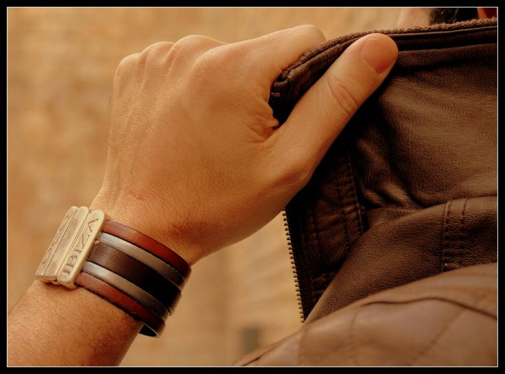 Pulsera para hombre - Handmade bracelet for men - Bracelet fait main pour homme - www.oco-ibiza.com  . oco Ibiza - Store ,- calle Antonio Mari Ribas 3, 07800 Ibiza - WhatsApp: 0034 667 640 713