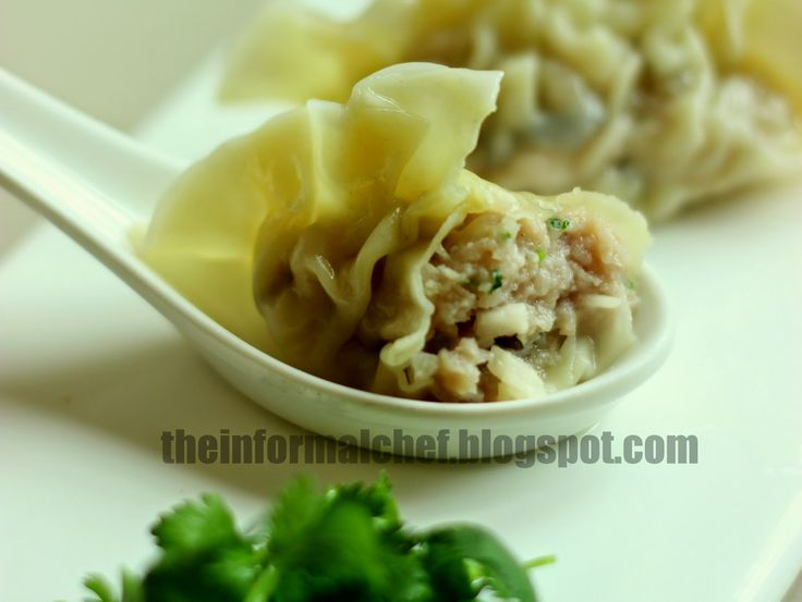 Chinese Dumpling Soup (Sui Kow) 水餃