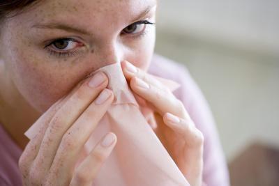 Como usar óleos essenciais para ajudar a descongestionar o nariz   eHow Brasil