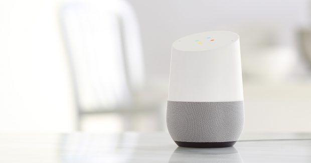 """Google Home macht Amazon Echo im Smart Home Konkurrenz  Apples Siri, Amazons Alexa und jetzt Google Home – Sprachassistenten ziehen in die Smart Homes ein. Was kann der Smart-Home-Assistent """"Google Home"""".  #google #smarthome #tech #technews #smarttech #automation #connected #home #homeautomation #gadgets"""